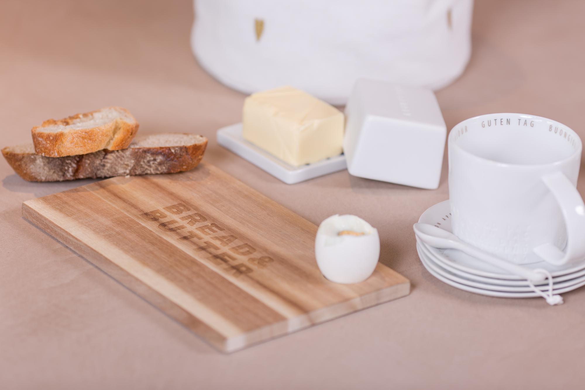 Poesie et Table Breakfast 1/2 oder 1/4 butter dish Kuh Räder