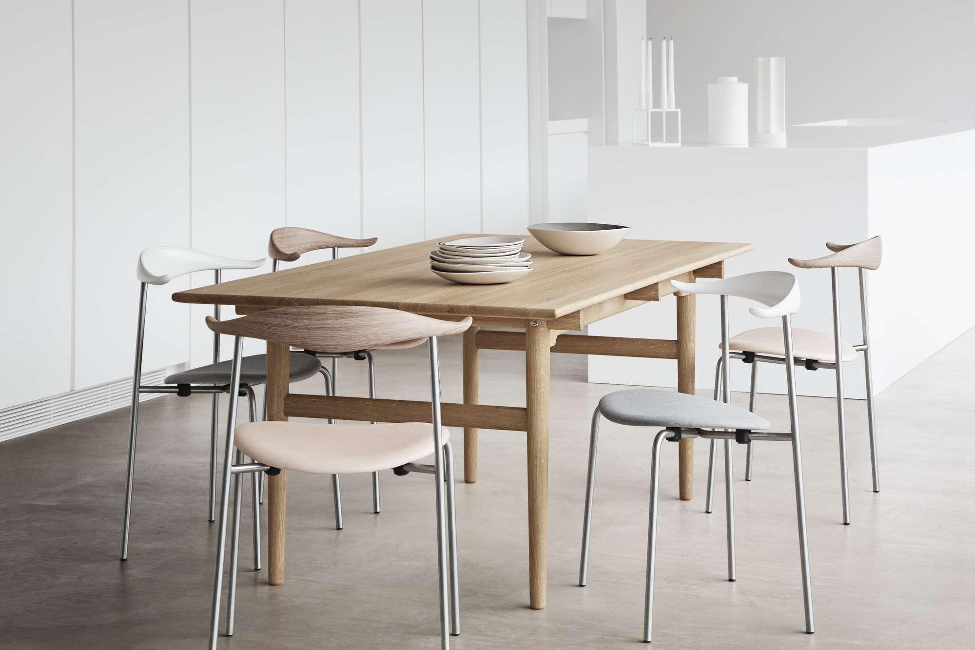 CH327 table Carl Hansen & Søn
