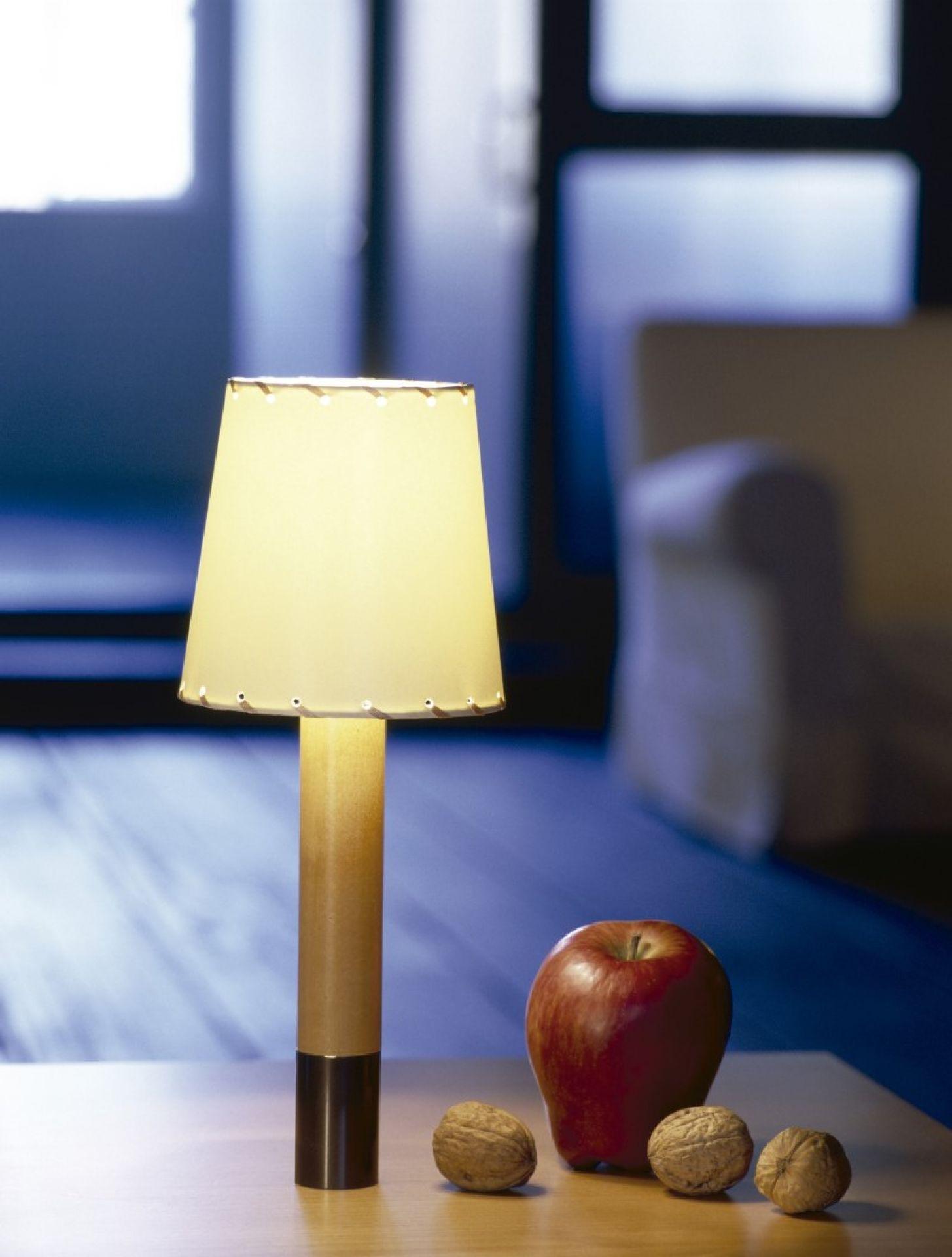 Basica Minima Table lamp Santa & Cole