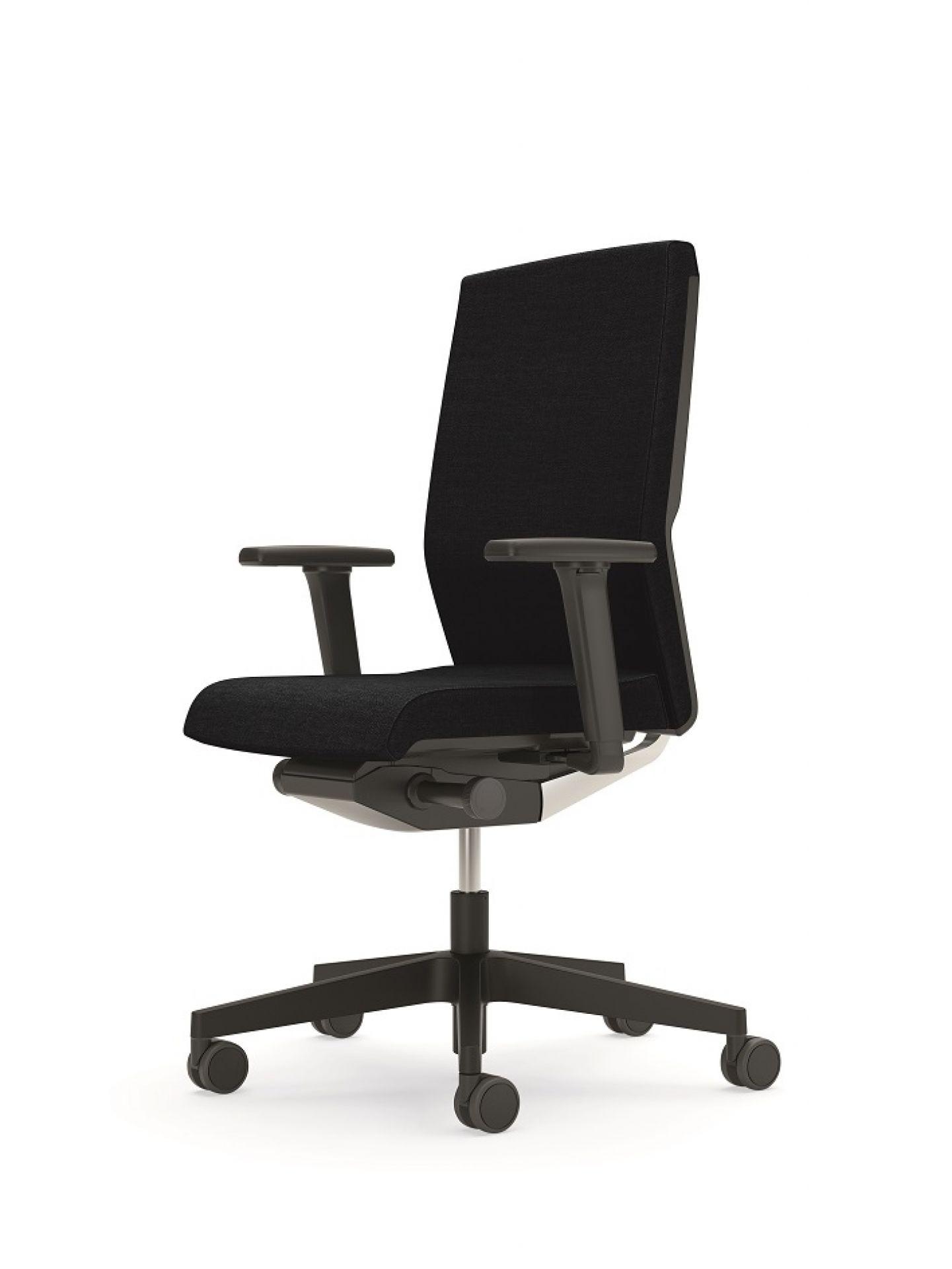 YOS Y160 Chair Interstuhl