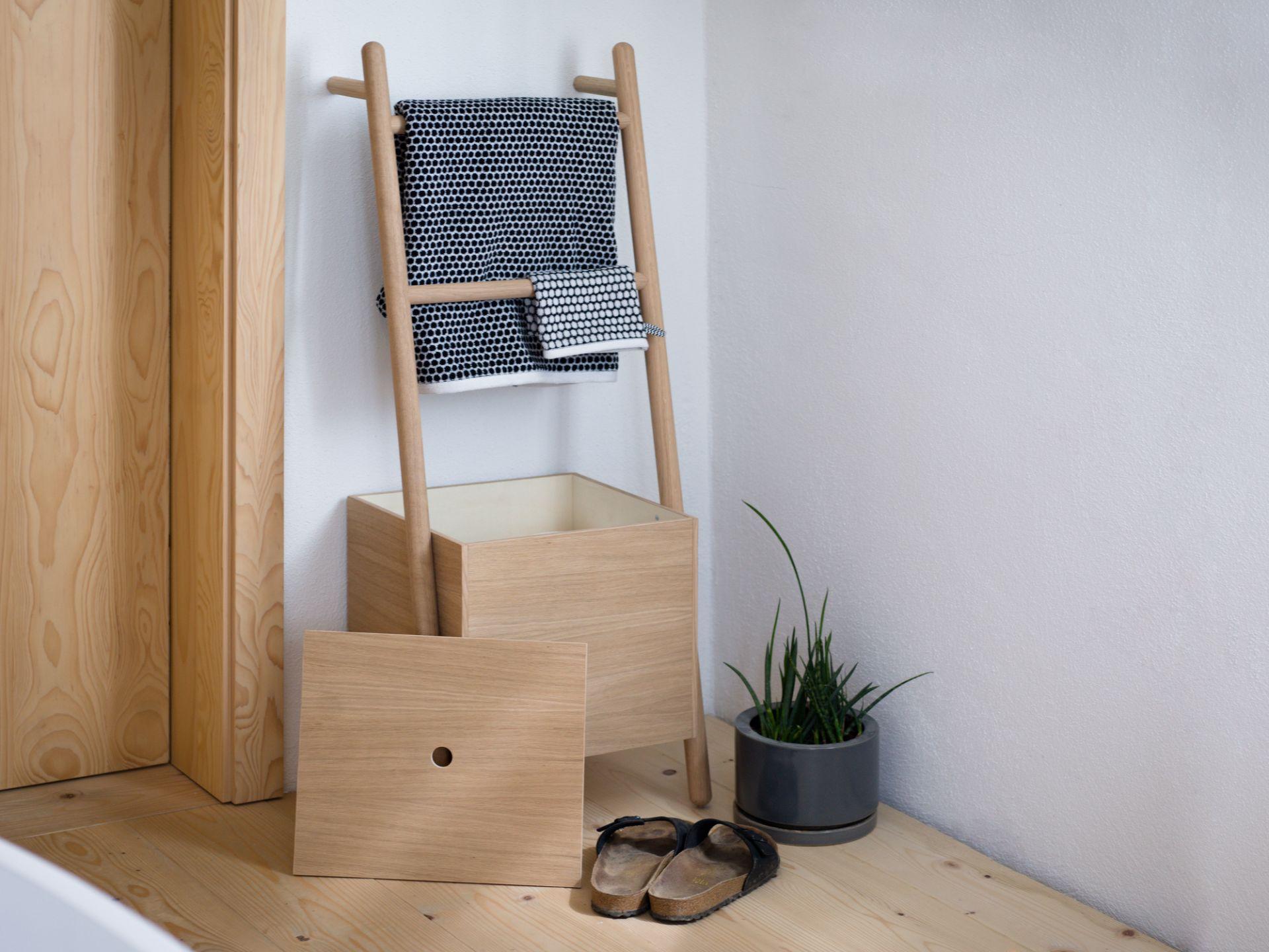 Lokks Ladder shelf Kommod